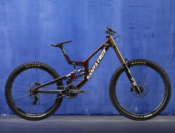 2021 Santa Cruz V10 Downhill Mountain Bike