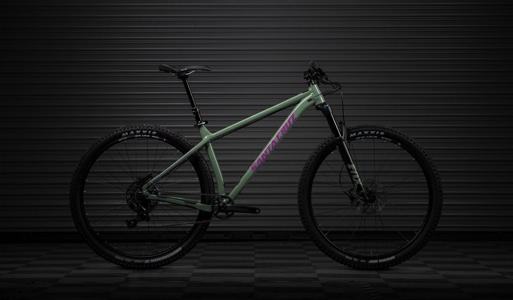 2018 Santa Cruz Chameleon Hardtail Cross Country Mountain Bike