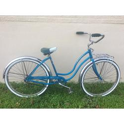 Schwinn Used Hollywood Deluxe