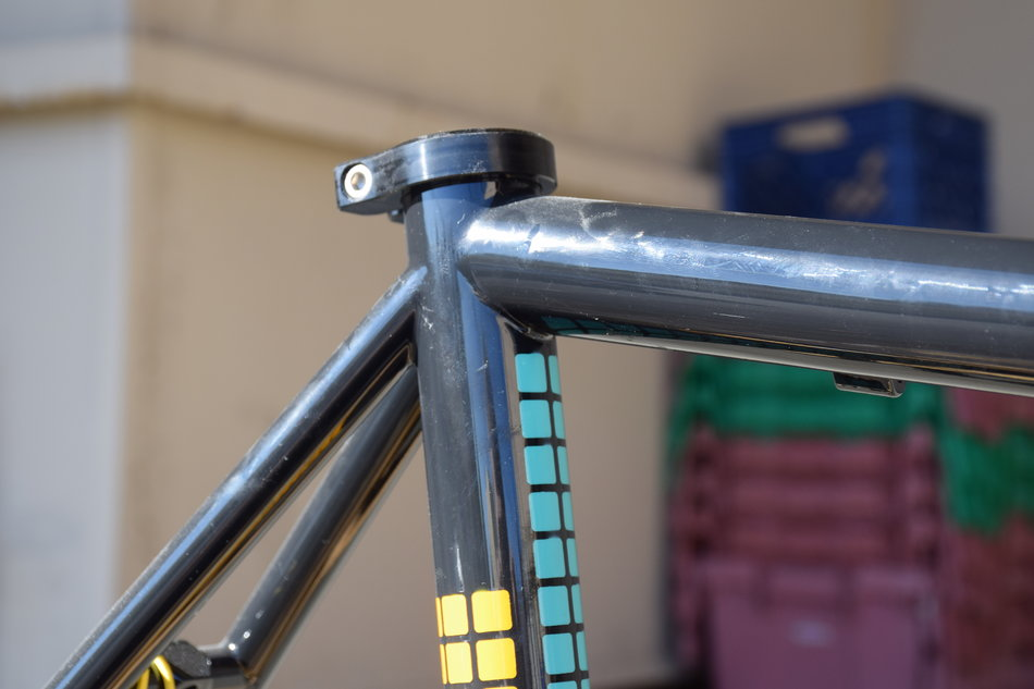 53cm Pegoretti Responsorium Falz in Ravenna color scheme. In stock at Lakeside Bicycles