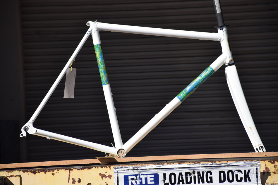 55cm Pegoretti Day Is Done Falz in the Venetian Stucco color scheme. In stock at Lakeside Bicycles.