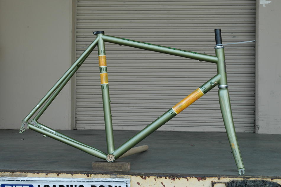 55cm Pegoretti Marcelo Falze in a custom panel paint scheme. In stock at Lakeside Bicycles.