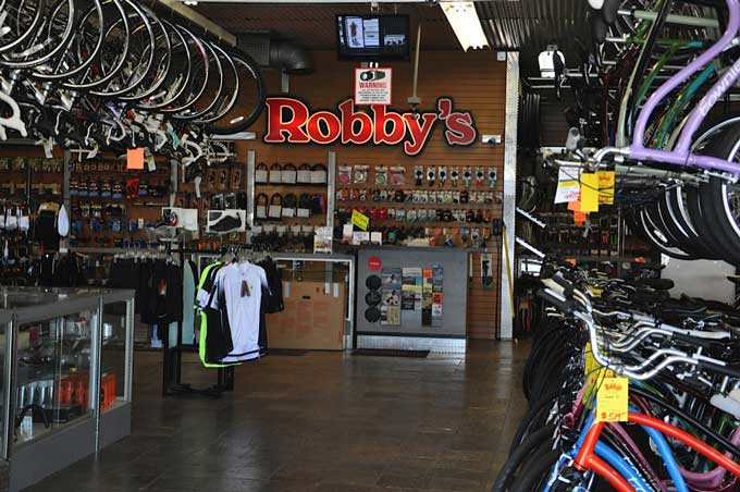 Robby's sales and service counter