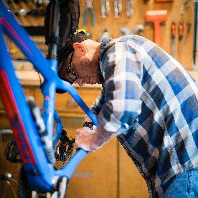Bike repair at La Dolce Velo