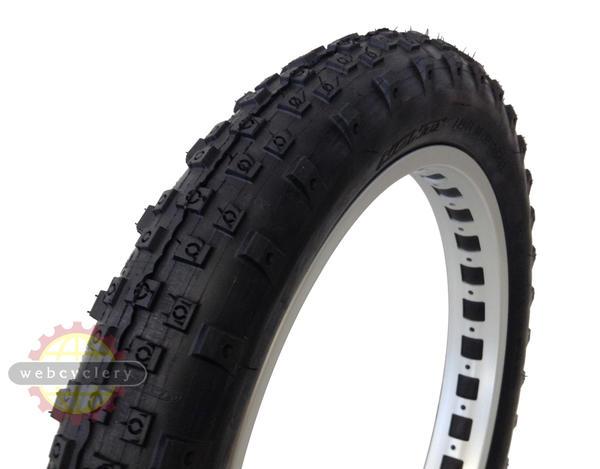 "Monty Pro Race 19"" Tire"