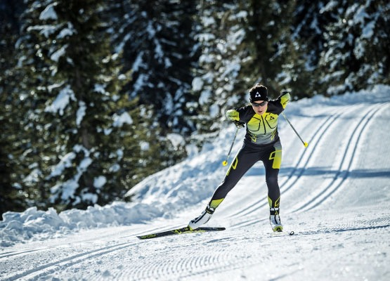 race skate nordic skiing