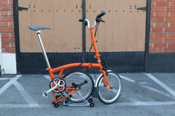 Brompton H6R -12% Orange w/ Toolkit, Rolltop Waxed Canvas and Saddle Upgrade