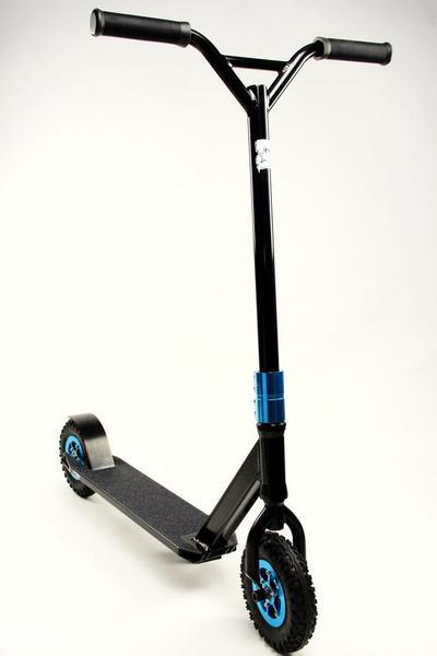 5Starr Rebel V2 Dirt Scooter Black/Blue
