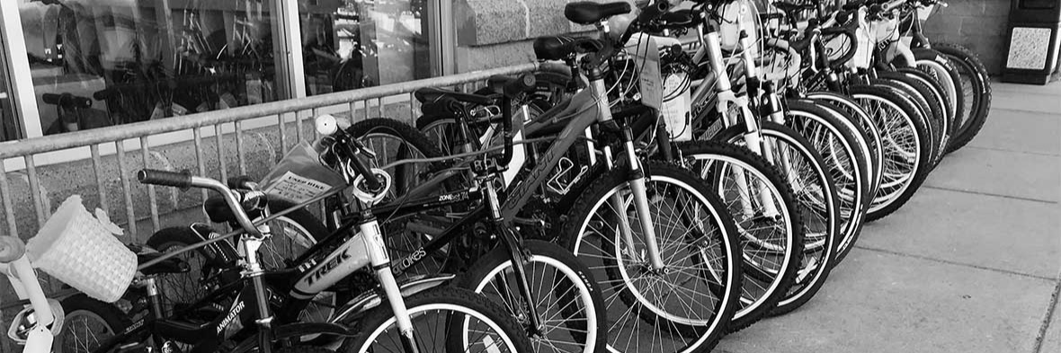 Used Bikes For Sale In Front Of Trailhead Cycling