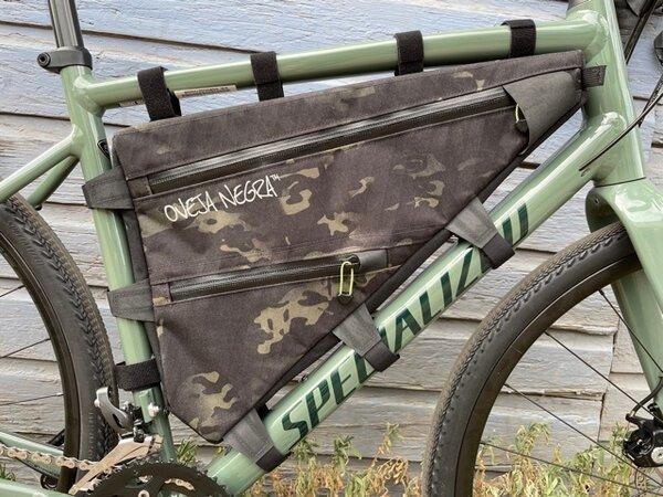 Oveja Negra Bodega Full Frame Bag
