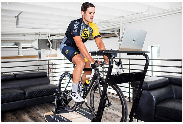 Saris Trainer Desk