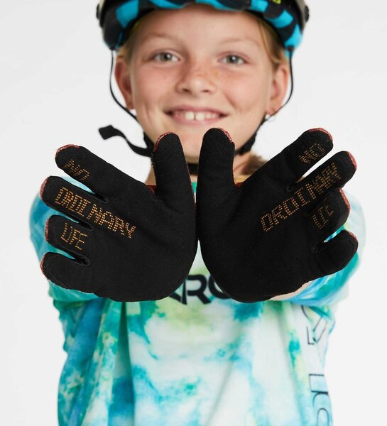 DHaRCO Youth Gloves