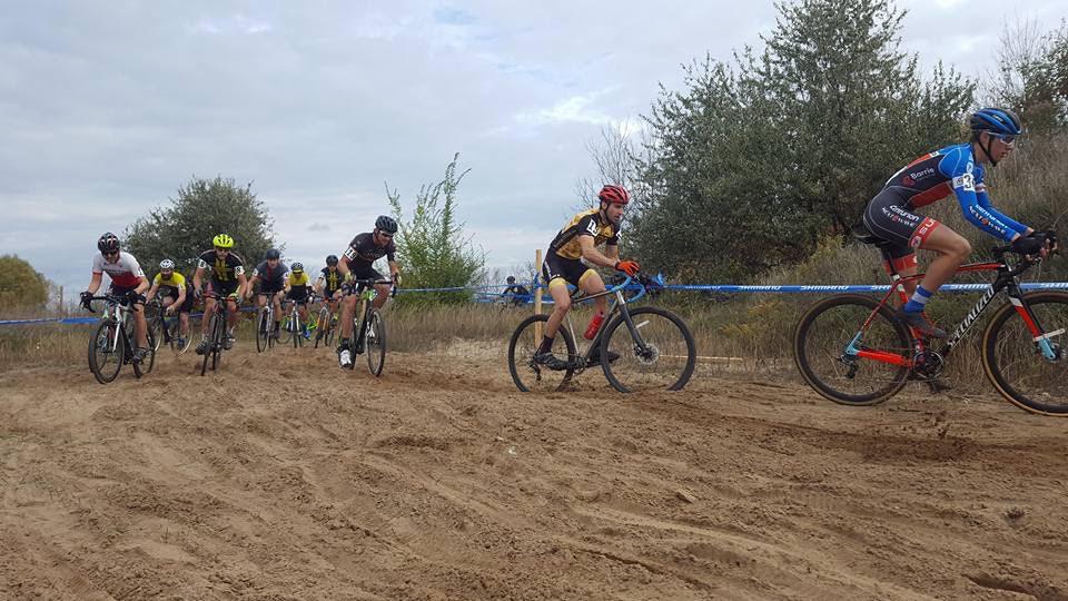 Elite Race Sand Pit