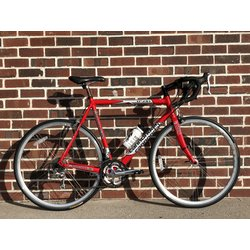 Bloomfield Bike Preowned 56 cm Cannondale R500 Road Bike
