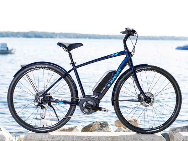 Trek Verve + Color: Deep Dark Blue