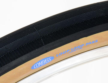 Rene Herse / Compass Loup Loup Pass 650B x 38 (584) Folding Tires