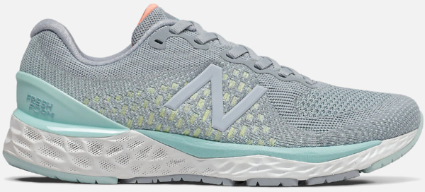New Balance Women's 880 Color: G10