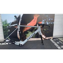 Factor Factor road frame Size: 54