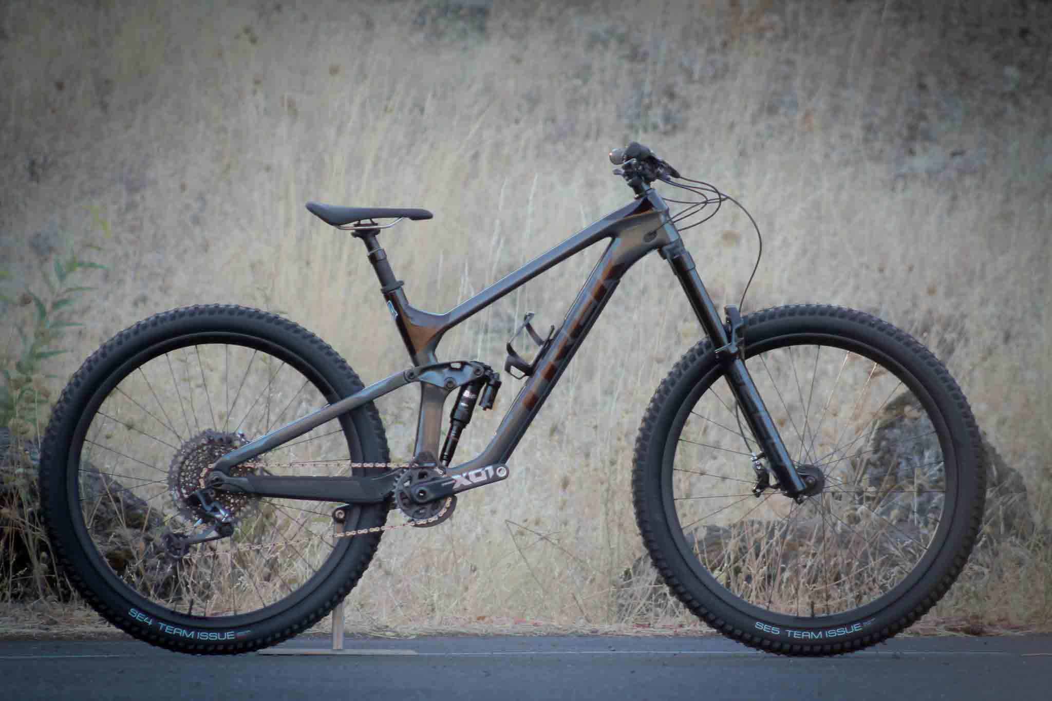 2021 Trek Slash