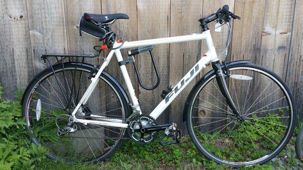 Fuji Used Absolute 1.0 Hybrid Bike 23 inch