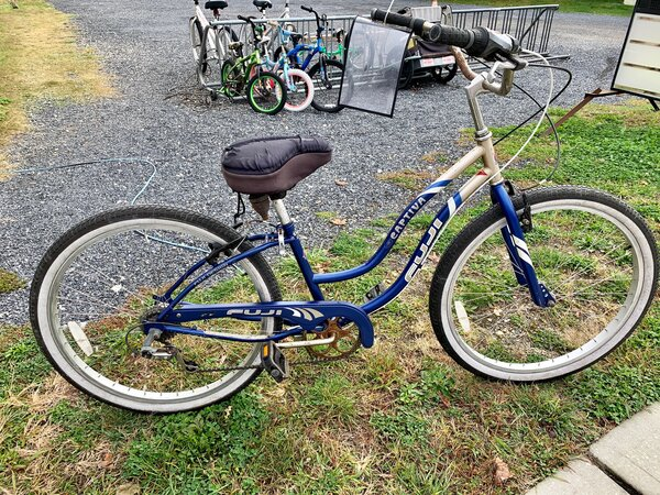 "Used Bike Used Fuji Captiva 7 Speed ST 14"""