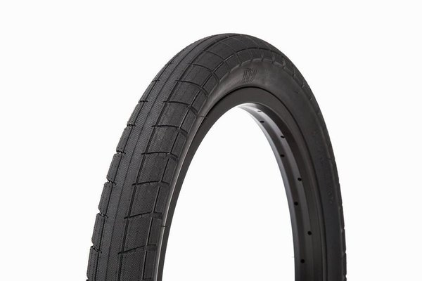 BSD DonnaSQUEEK Tires