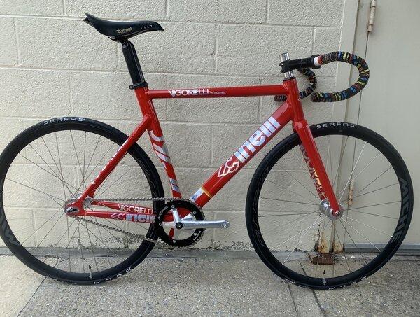 Cinelli Vigorelli Shark Complete Bike