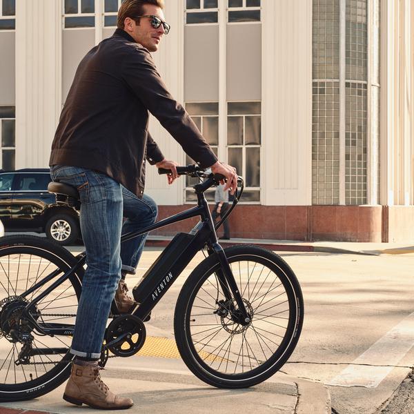 Aventon Pace 350 Urban Cruiser E-Bike