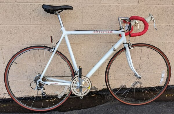 Cannondale R400 Road Bike 58cm White (used)