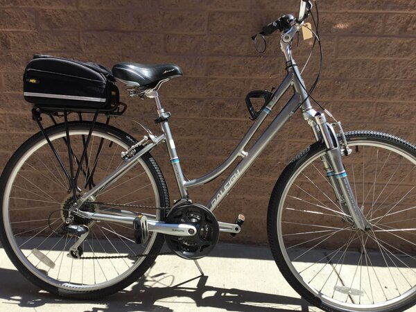 """Raleigh Route 5.0 ST Hybrid 19"""" Silver (USED)"""