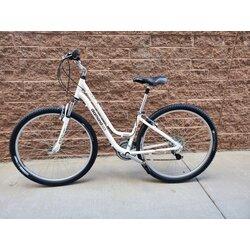 Diamondback Vital 2 ST Comfort Bike (used)