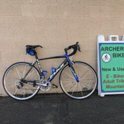 Fuji Altamira Carbon Road Bike (used)