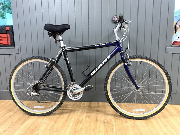 "Bike Tech Usedbike Giant Yukon 19.5"" Blue"