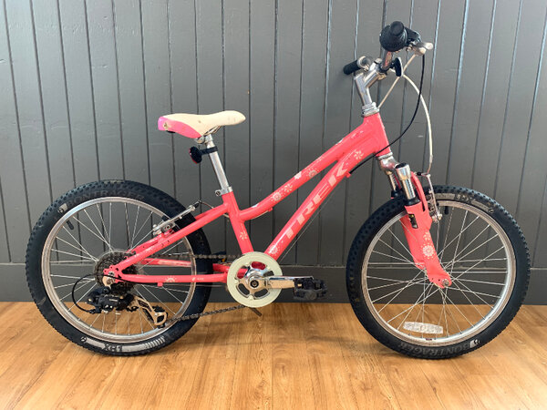 """Trek Usedbike Trek MT60 20"""" Pink"""