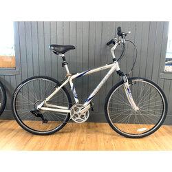 Trek Usedbike Trek 7100 Sil/Wht 17.5