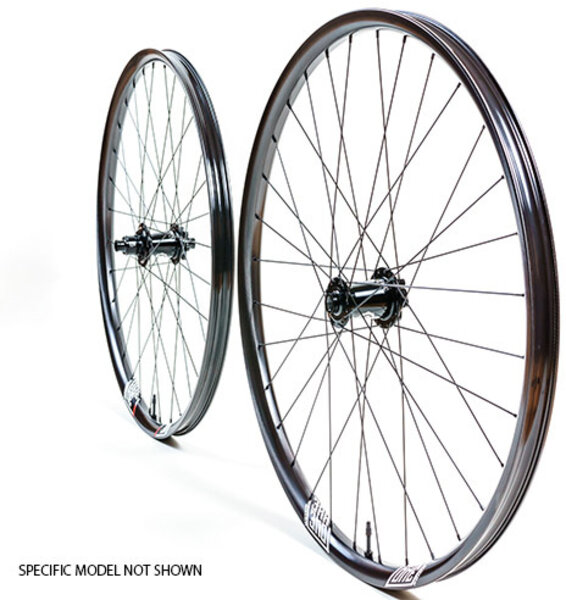 We Are One Wheelset WAO 29 INSIDER 32H F15/142 XD