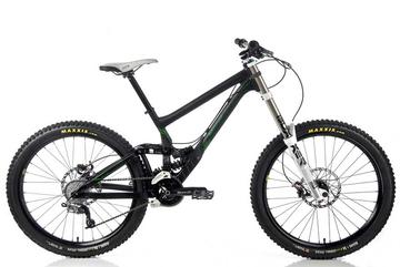 Banshee Legend Mountain Bike w/ Shimano XTR Build Kit