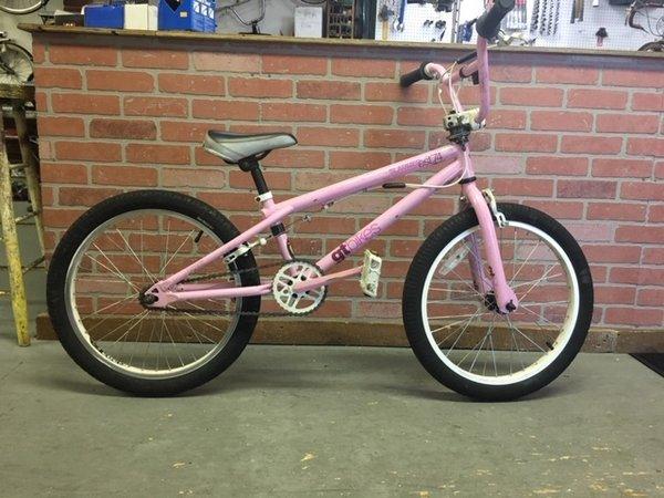 Bike Barn GT Slammer BMX
