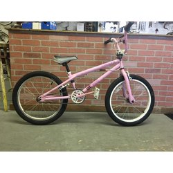 Bike Barn GT Slammer BMX