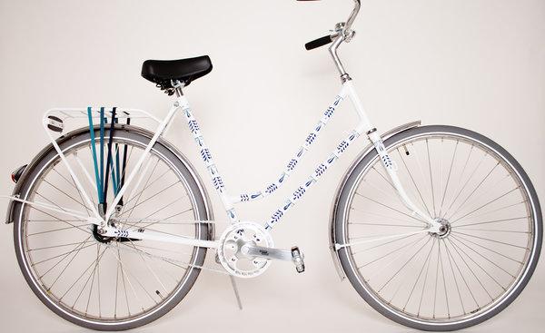 Revital Bikes Sololá Ceramics (by Carmen Franco)