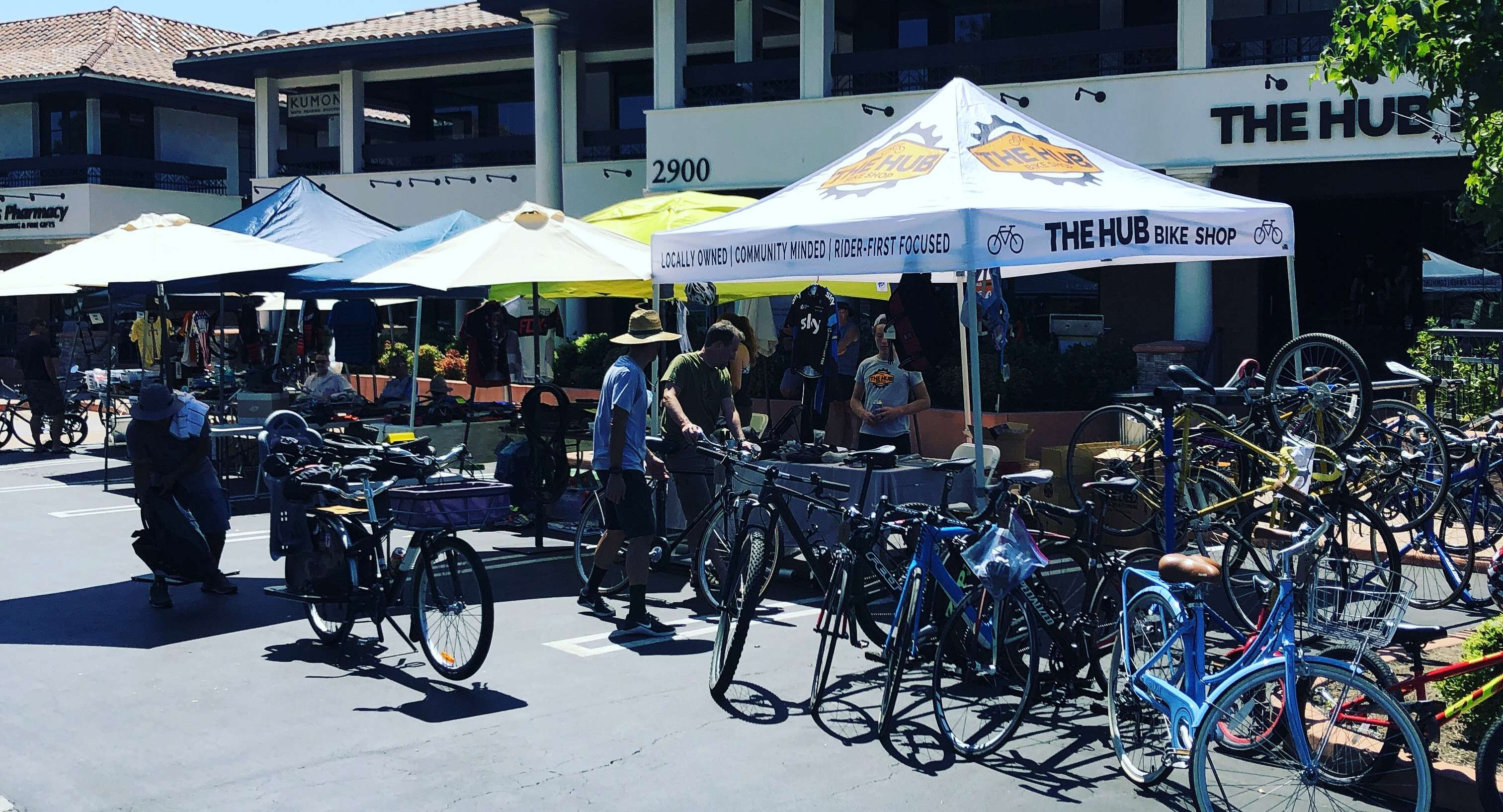 Photo of a Westlake Velo Swap Meet event