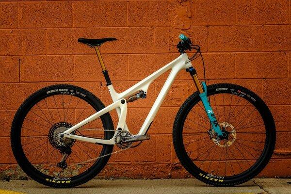Yeti Cycles SB115 T-Series XTR Special Edition