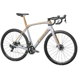 Trek Domane SLR 7 eTap Project One Gran Premio Paint Theme
