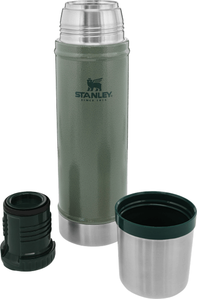 Stanley Bottle Classic Vac 20oz Color: Green