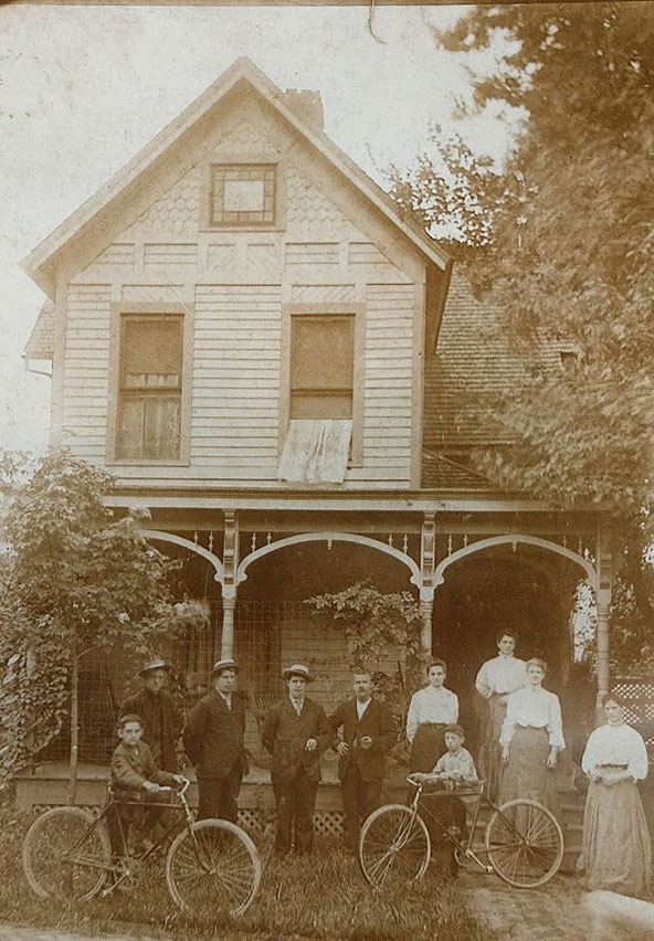Bishop's Family Circa 1880 Winchester, KY