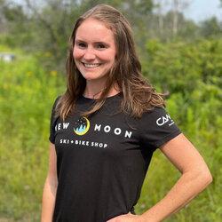 New Moon Women's Short Sleeve T-Shirt