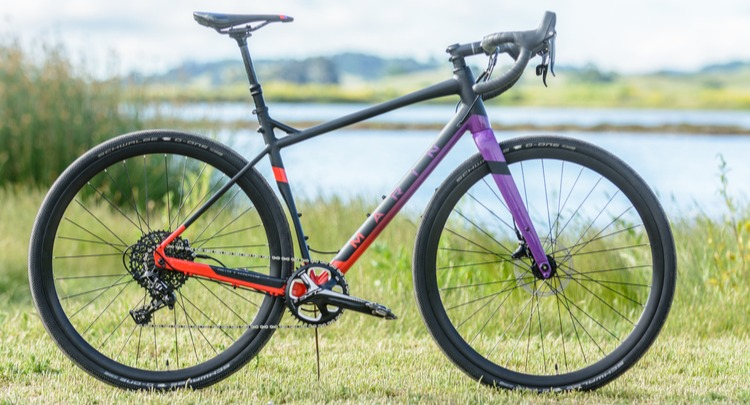 The Kona Honzo CR is fast, rowdy, and fun