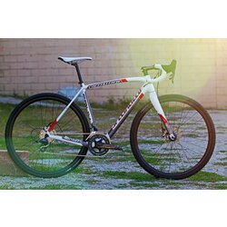Specialized CONSIGNMENT Crux Expert