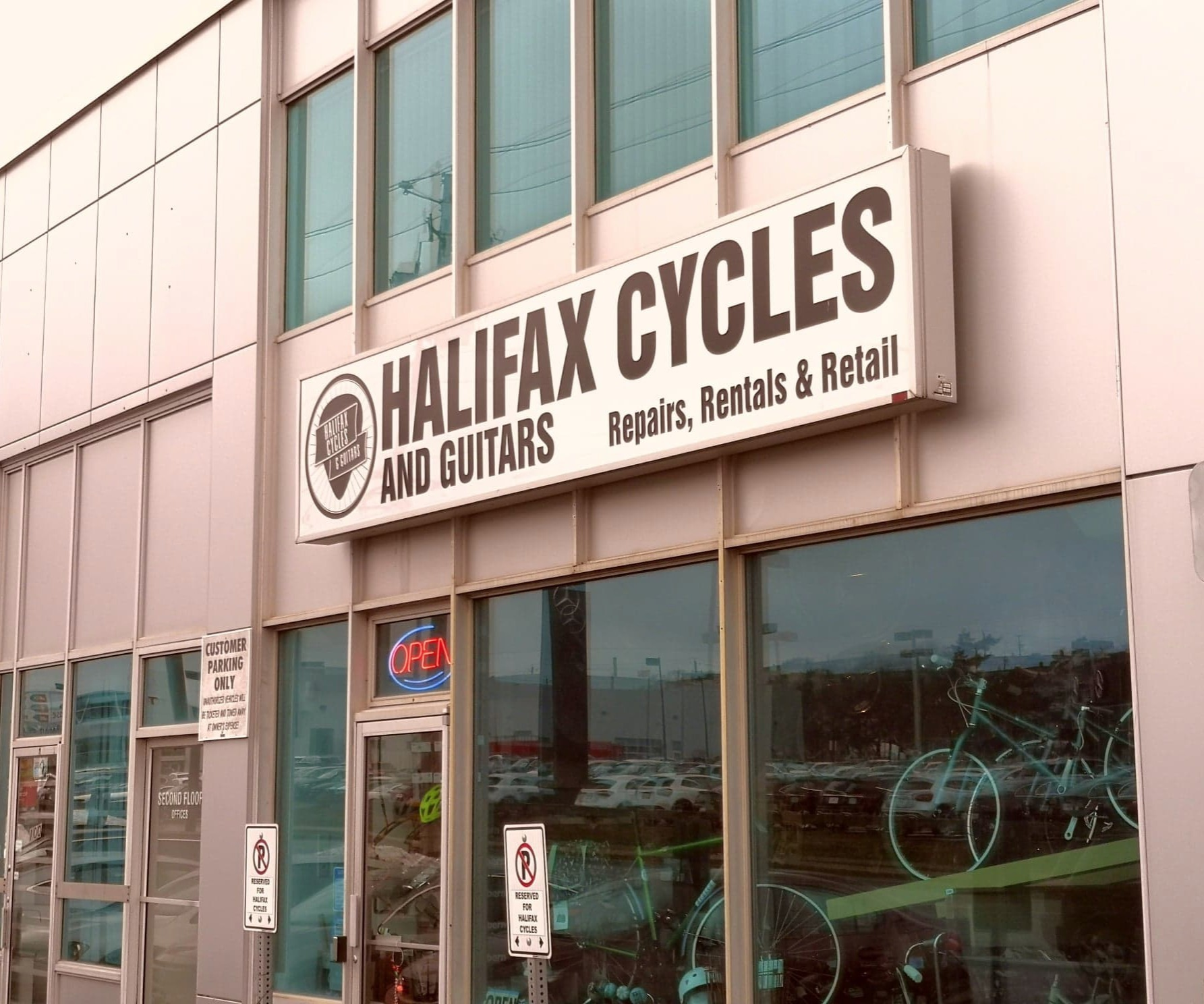 Halifax Cycles - Locally Owned & Operated