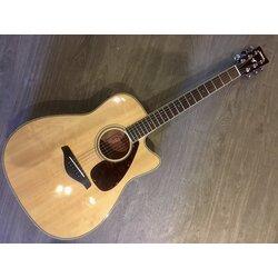 Yamaha FGX720SCA Acoustic/Electric Dreadnaught w/ Cutaway & Hard Case